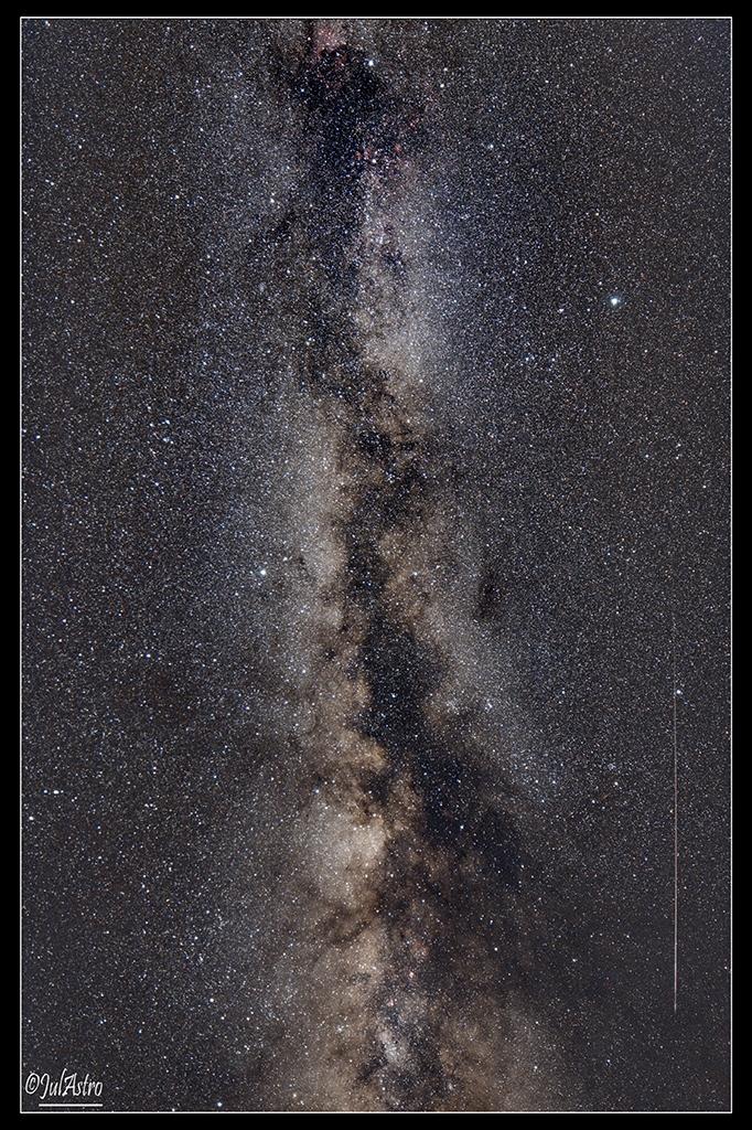 Perséide et Voie Lactée – © Julien Fabre